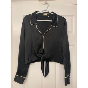 Aritzia Wilfred Tie Front Blouse